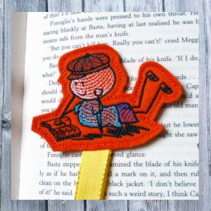 embroidery design ITH bookmark Wolly