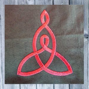 embroidery design Celtic knot mother and child