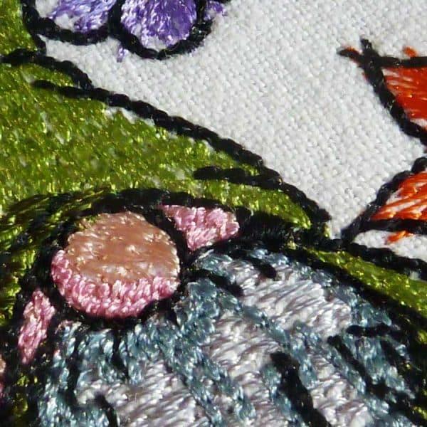 Stickdesign Frühlingsgnom detail2